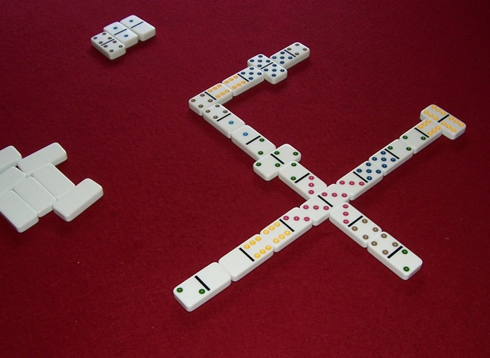 domino five up